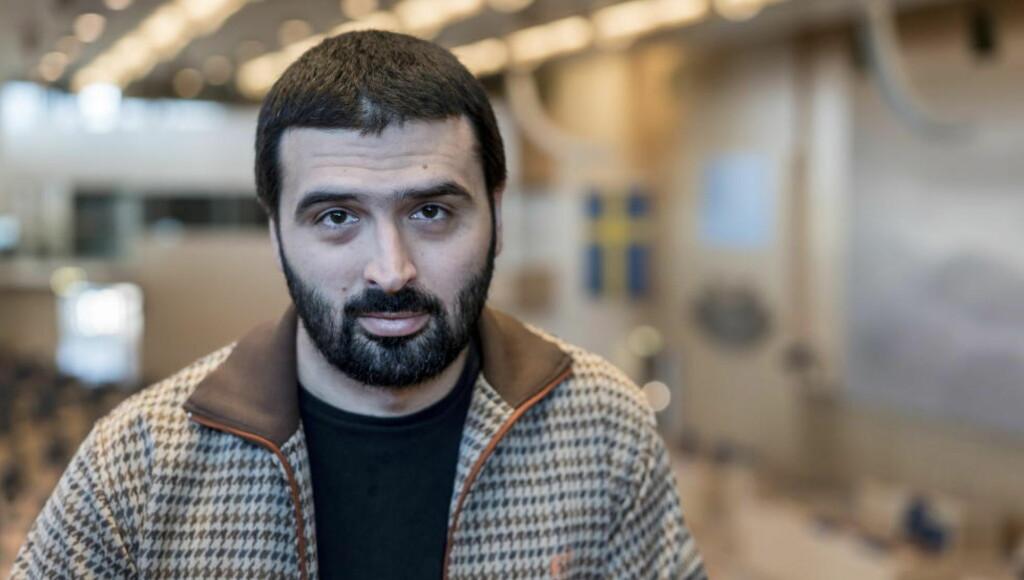 MENER NORGES REGJERING GÅR FEIL VEI: Ali Esbati sier dagens norske regjering gjør nesten alt feil for å unngå utenforskap i det norske samfunnet. Han har selv bodd i Norge i 7 år. Foto: Øistein Norum Monsen / Dagbladet