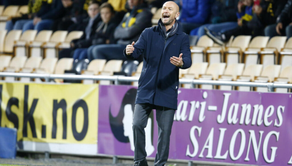 SJEF I HAUGESUND:  Mark Dempsey har noe spennende på gang som trener for Haugesund. Foto: Håkon Mosvold Larsen / NTB Scanpix