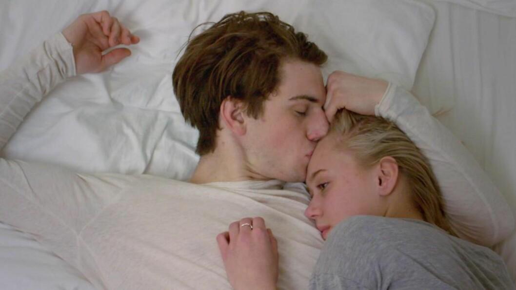 NORGES HETESTE PAR?: William og Noora i «Skam». Les om forholdets utvikling i ukas episode-recap. Foto: NRK