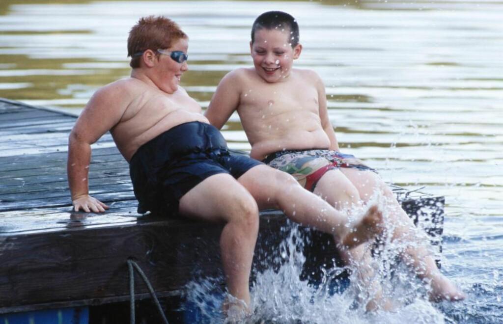 GÅR I ARV: Ovevektige barn har ofte overvektige foreldre, og foreldre ser ikke at barna deres er for store. Barna tar gjerne med seg overvekten inn i voksenlivet, og risikoen for sykdom øker. Foto: Roy Morsch / NTB Scanpix