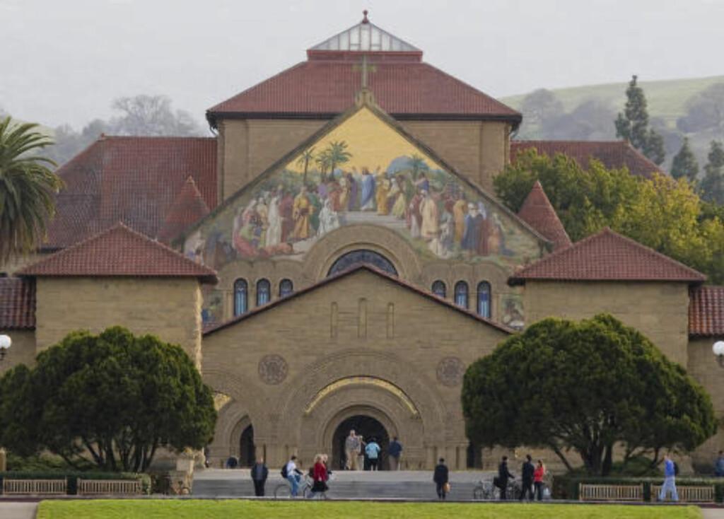 PRESTISJEUNIVERSITET: Stanford University i California er betraktet som ett av USAs prestisjeuniversitet. Foto: Pixtal