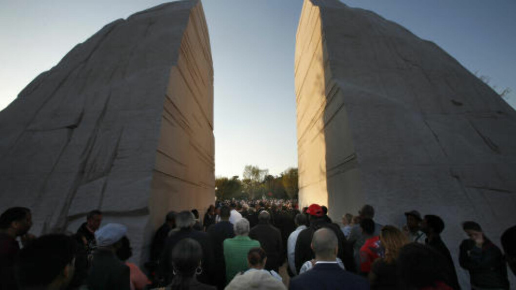 <strong>KUTT I STEIN:</strong> Direktør i Koro mener at kunsthistorien er full av kutt i naturen, han avviser at minnestedet ligner for mye på Martin Luther King, Jr. Memorial i Washington. Foto: AP Photo/Jacquelyn Martin