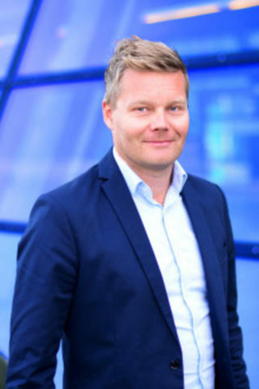 LOVER BEDRING: Tormod Sandstø, informasjonssjef i Telenor som eier Canal Digital. Foto: Telenor