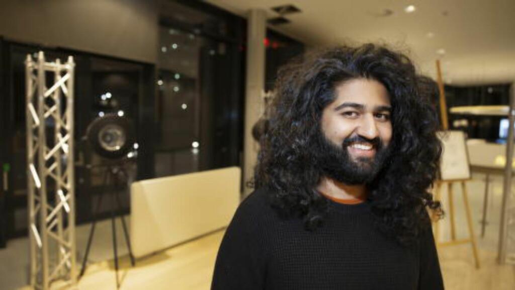 FAN: Sandeep Singh, musikkansvarlig i Dagbladet. Foto: Henning Lillegård / Dagbladet