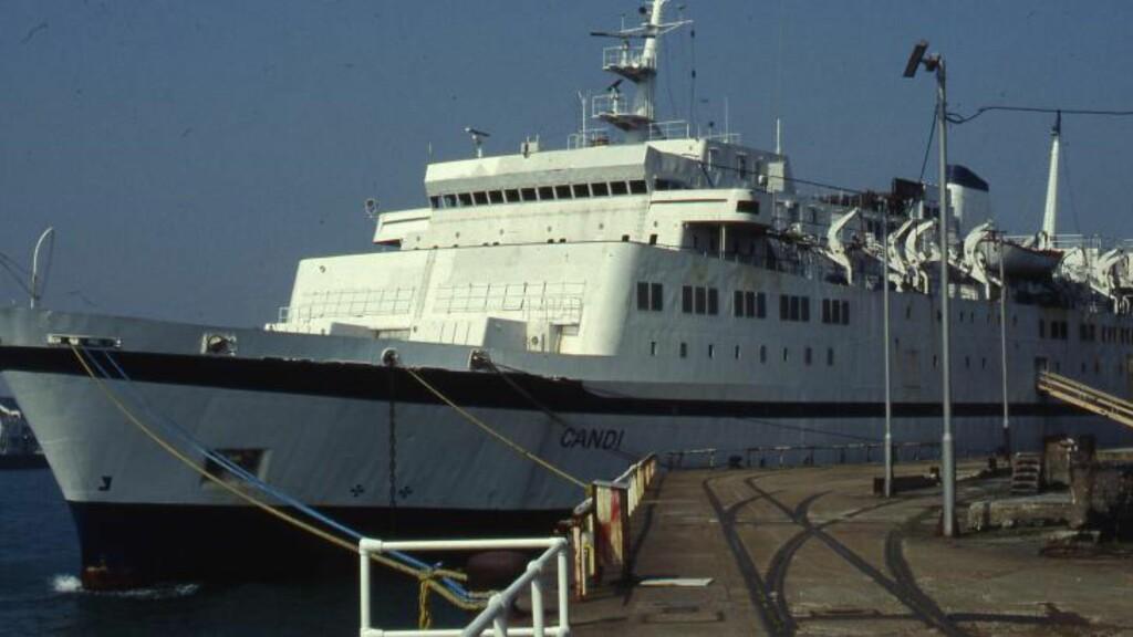 CANDI: Scandinavian Star ble omdøpt til Candi etter brannen og lå lenge ved kaia i Southampton. Foto: Jan Harsem.