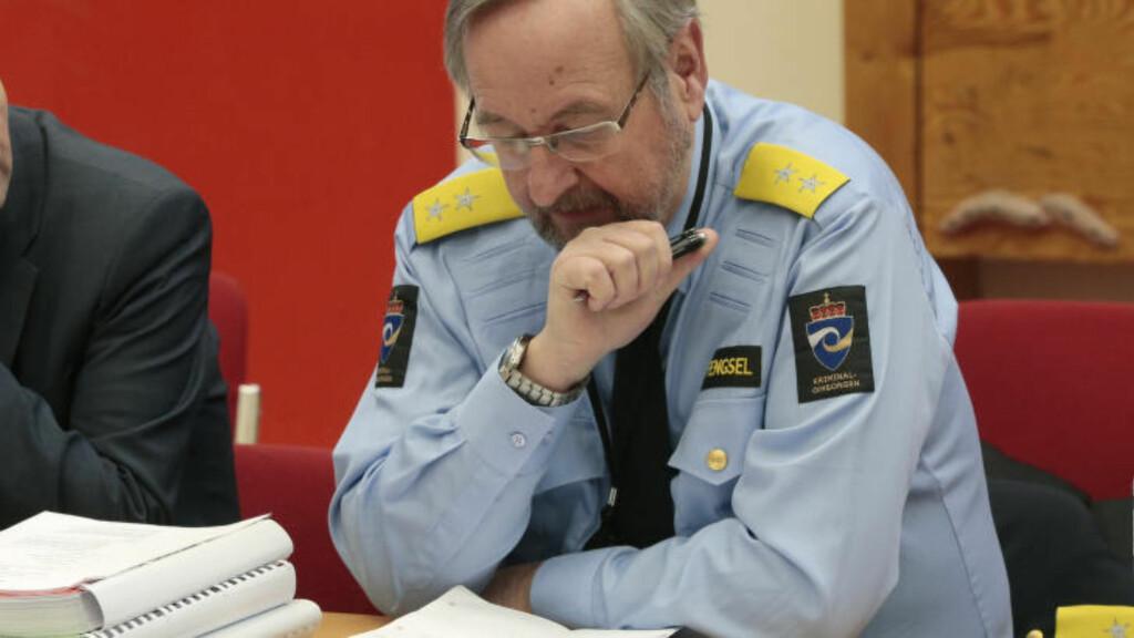 FENGSELSDIREKTØR: Direkør på Ila, Knut Bjarkeid sa i sin forklaring for retten at han ikke opplevde at Breivik fikk noen isolasjonsskader i løpet av den tiden terroristen sonet på Ila. Det er imidlertid andre fanger i norske fengsel som har slike skader, sier Bjarkeid, som mener at det er disse menneskene man nå må rette fokus på.  Foto: Lise Åserud / NTB scanpix