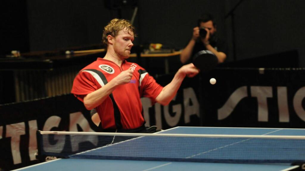 STOR TEKNIKK. Geir Erlandsen har bevart sin teknikk, selv om han ikke trener like mye som før. Foto: Per Morten Halvorsen.