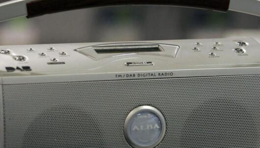 Hvorfor skal vi kvitte oss med 15 millioner helt brukbare FM-radioer for å kjøpe 15 millioner DAB-radioer?
