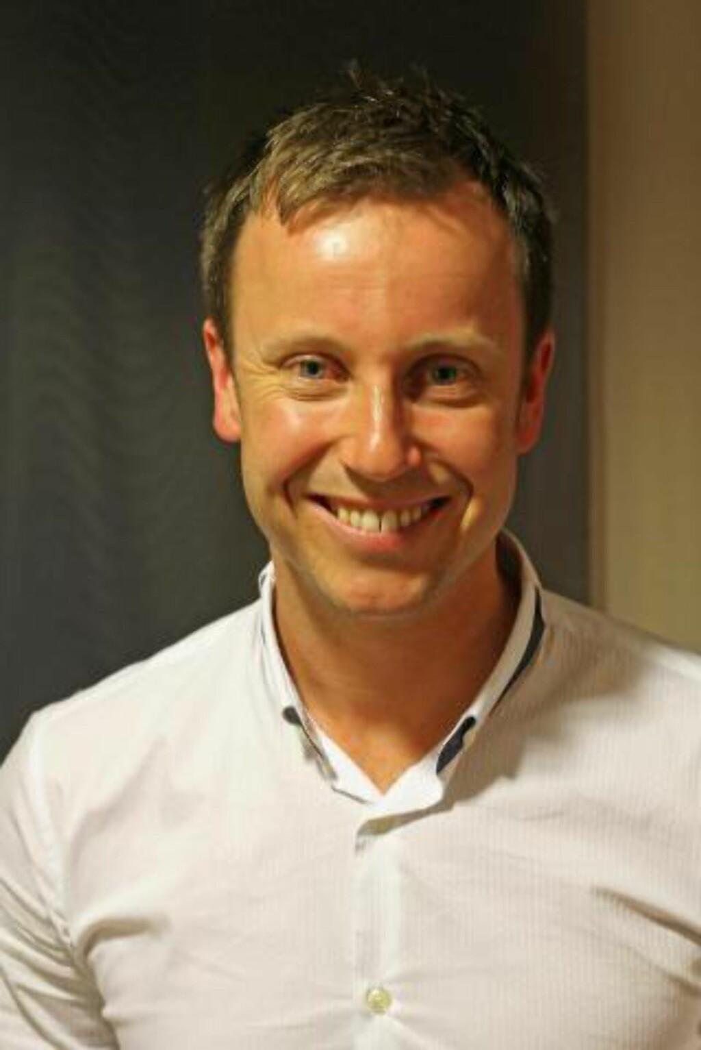 - DET ER JO DISKRIMINERING: Gard Realf Sandaker-Nielsen, lederen for Åpen folkekirke, kaller behandlingen av Rune Hauan for diskriminering. Foto: Åpen folkekirke