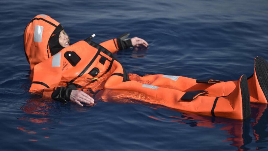 I VANNET: Listhaug beskriver dukkerten utenfor Lesbos som en spesiell opplevelse. Foto: Øistein Norum Monsen.