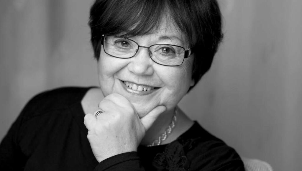 FLUKTHISTORIER: Birgit H. Rimstad har redigert boka som samler flukthistoriene til jødiske barn og unge i Norge. Foto: GYLDENDAL / AGNETE BRUN