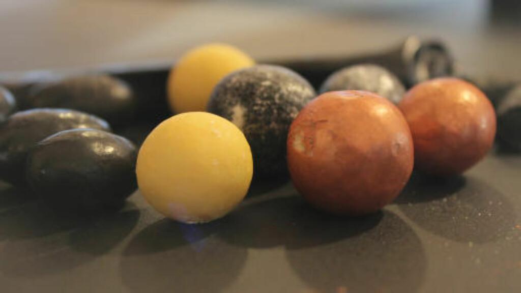 LAKRIS: Små lakris- og sjokoladekonfektbiter fra Johan Bulow. Foto: ELISABETH DALSEG