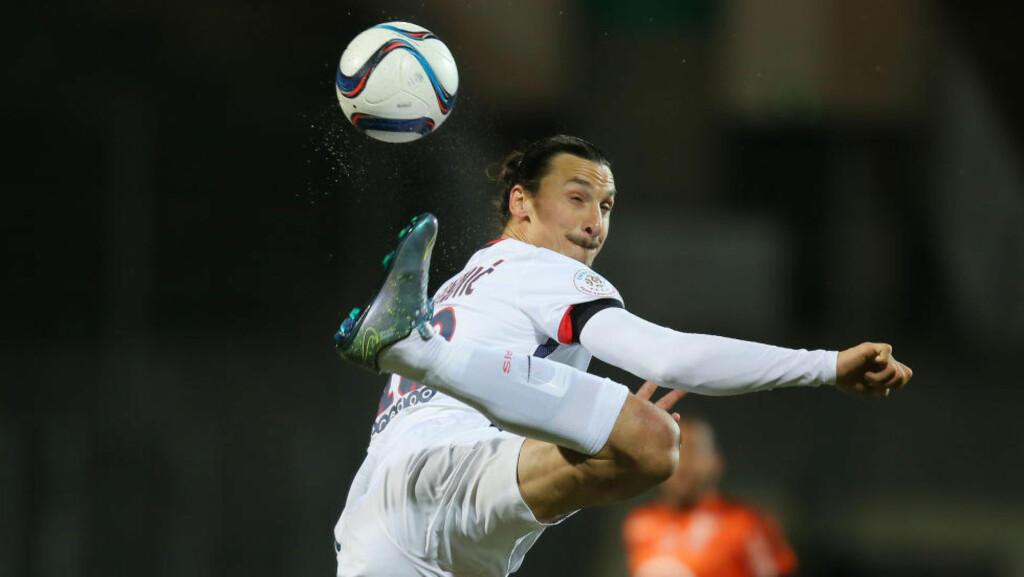VENDER HJEM: Det blir et spesielt møte både for Zlatan og Malmö når Paris Saint-Germain spiller i Skåne i morgen. Foto: AP / David Vincent / NTB Scanpix