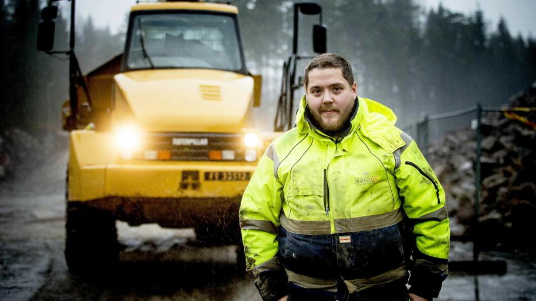 <strong>MISTER DRØMMEJOBBEN:</strong>  Kim Terje M. Tollefsen (23) har vært lastebilsjåfør i fem år, men mister nå førerkortet fordi han hadde to epilepsianfall da han var 13 år gammel, og i ettertid har tatt medisiner mot dette. Foto: Bjørn Langsem / Dagbladet