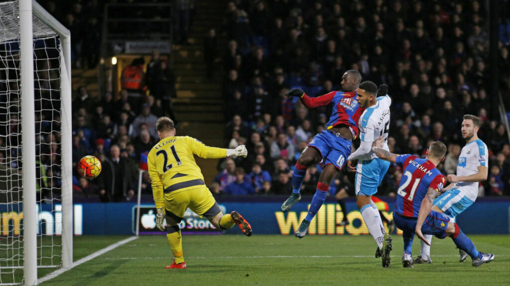 SUVERENE: Yannick Bolasie scoret to mål i Crystal Palaces 5-1-seier over Newcastle. Foto: Reuters / Andrew Couldridge / NTB Scanpix