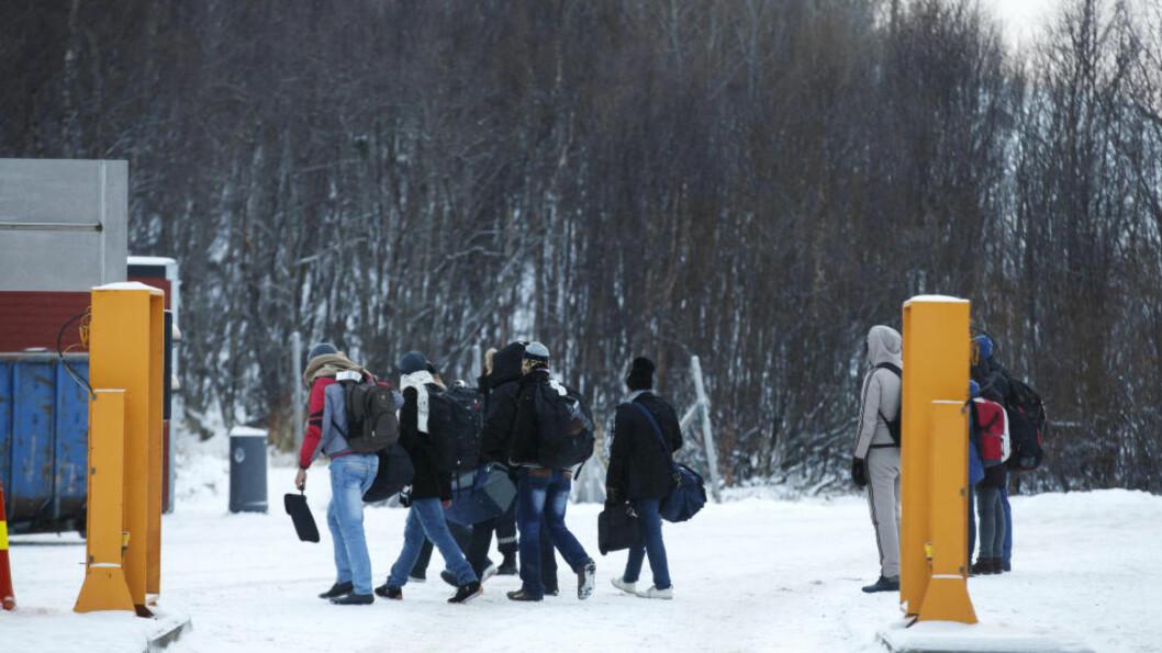 FÆRRE OVER STORSKOG:  Denne uka har det kommet færre flyktninger over Storskog enn tidligere. Foto: Cornelius Poppe / NTB scanpix / TT / kod  20520