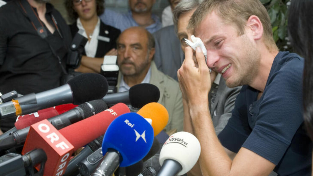ITALIENEREN SOM JUKSET : Alex Schwazer; Italias egen kappgangmester, brøt sammen da han ble avslørt for dop før OL i 2012. Nå hjelper han italienske påtalemyndigheter i antidopingarbeidet for å få kortere straff. Men hvorfor var det nødvendig å bruke en norsk kappgjenger for å skjule italiensk juks?  Svaret på det spørsmålet mangler i Tysse-forsvarnes nye teori. FOTO:AP/Othmar Seehauser,