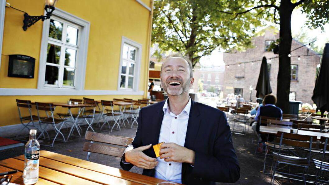 <strong>LIKE TRAVLE:</strong> I valgkampen reiser Trond Giske landet rundt dag etter dag. Da er det en fordel at kjæresten  Haddy har det like travelt, mener han. Foto: Frank Karlsen / Dagbladet