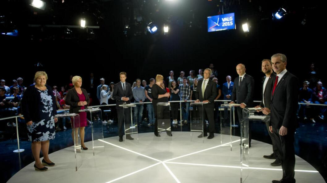 <strong>NEST SISTE RUNDE:</strong> Erna Solberg (H), Siv Jensen (Frp), Knut Arild Hareide (KrF), Trine Skei Grande (V), Rasmus Hansson (MDG), Trygve Slagsvold Vedum (Sp), Audun Lysbakken (SV) og Jonas Gahr Støre (Ap) før partilederdebatten i TV2s lokaler i Oslo torsdag kveld. Foto: Jon Olav Nesvold / NTB scanpix