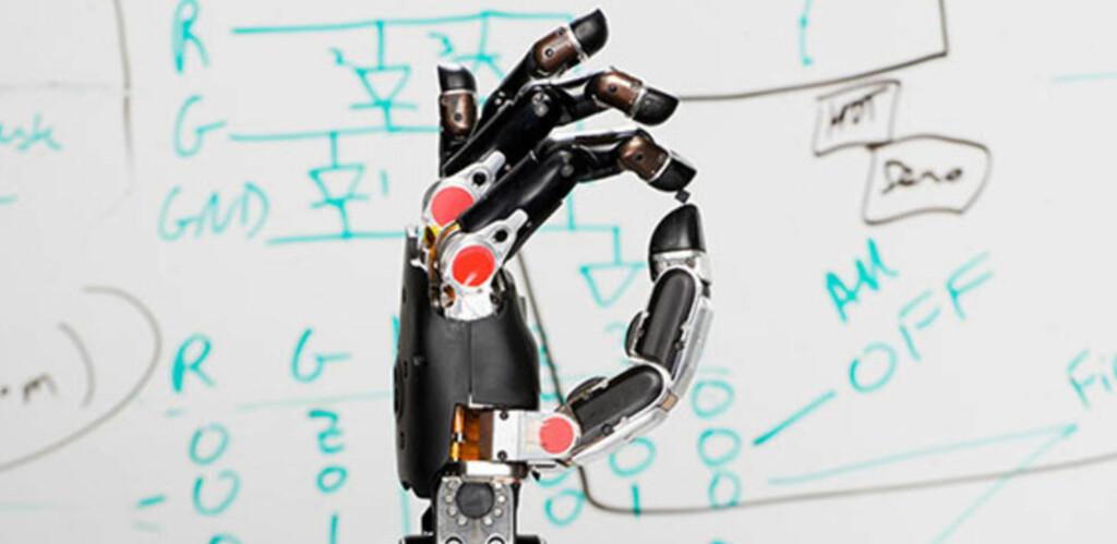 Robot med følelser:  Denne hånden kan tankekontrolleres og sende følelser tilbake til hjernen. Foto: DARPA