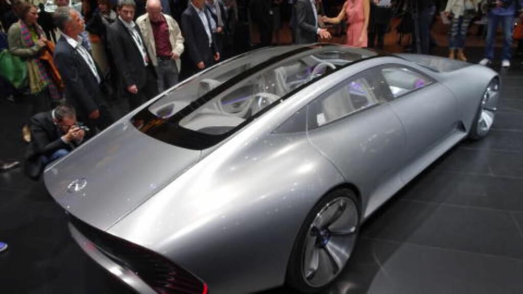 NESTEN REKORD: Med 0.19 i cd-verdi (luftmotstands-koeffisienten), er Mercedes-konseptet nesten like aerodynamisk som VW XL1. Foto: FRED MAGNE SKILLEBÆK