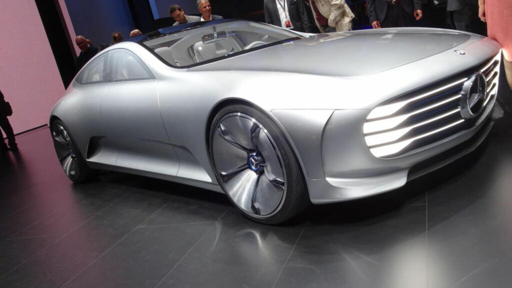 STILREN: Mercedes har med Concept IAA villet vise at man kan lage en utrolig effektiv storbil uten å forsake luksus. Foto: FRED MAGNE SKILLEBÆK