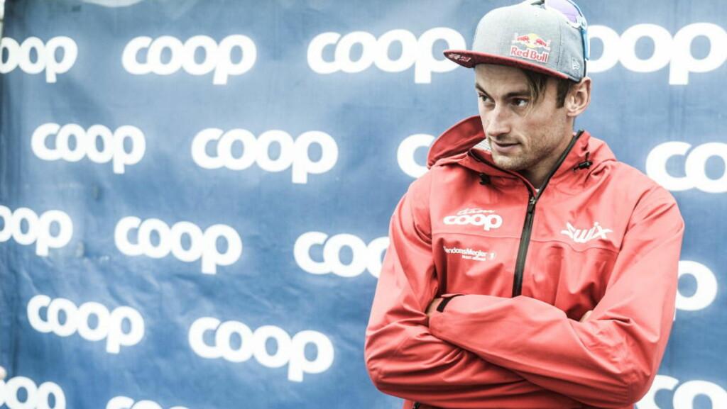MØTTE PRESSEN: Petter Northug møtte pressen utenfor Rådhuset. Her er skistjernen ved en tidligere anledning. Foto:Thomas Rasmus Skaug