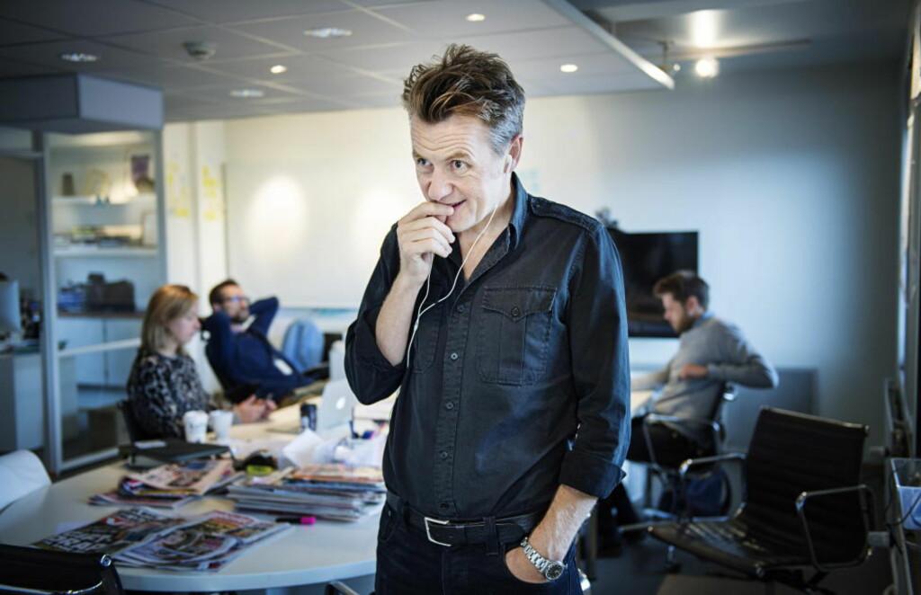 MULITMEDIUM: Fredrik Skavlan har pendlet mellom Norge og Sverige siden 2009. Like lenge har han jobbet sammen med den svenske side-kick-reporteren Niklas Källner. Hver uke møtes de, eller snakkes på Skype. Under en av disse samtalene ble ideen om podcasten født. Nå har de holdt den gående i ett år. Foto: Benjamin A. Ward / Dagbladet