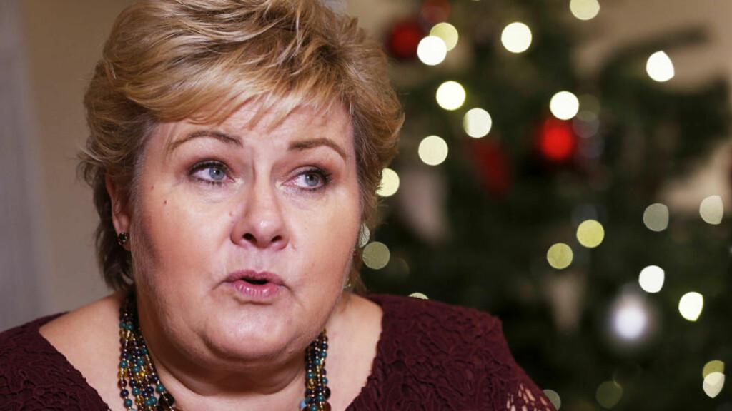 HVERDAGSINTEGRERING: -Ta imot flyktningene med folkeskikk, var statsminister Erna Solberg appell i nyttårstalen. Utfordringene med integrering av et ekstraordinært stort antall flyktninger var et hovedtema i hennes tale. Hun sa også at omstillingen av norsk økonomi og arbeidet for å skape nye arbeidsplasser er en hovedsak for regjeringen framover. Foto: Scanpix