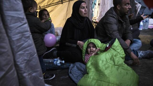 d8e5b664 BLIR KASTET BORT: Syriske flyktninger er i ferd med å bli evakuert fra  teltleiren de
