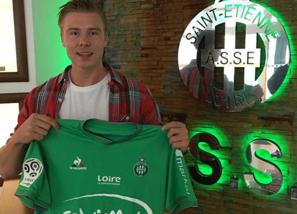 -DET ER FANTASTISK: Alexander Søderlund er henrykt over å ha fullført overgangen til franske Saint-Étienne. Bildet er tatt av agent Tore Pedersen.