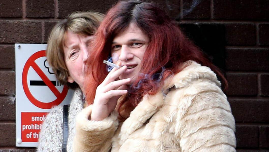 <strong>UTENFOR RETTEN:</strong> Davina Ayrton fotografert utenfor Portsmouth crown court. Foto: PA / NTB scanpix