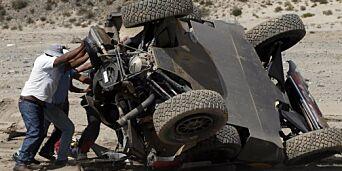 image: Loeb rullet og mistet ledelsen i Rally Dakar