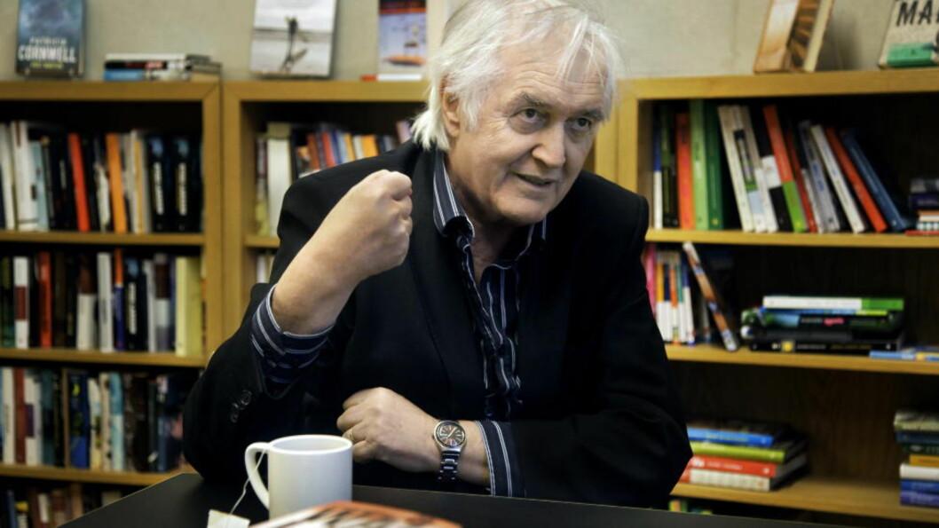 <strong>HYLLES AV KOLLEGENE:</strong> Forfatterkollegene beskriver avdøde Henning Mankell som en bauta. Foto: Steinar Buholm / Dagbladet.