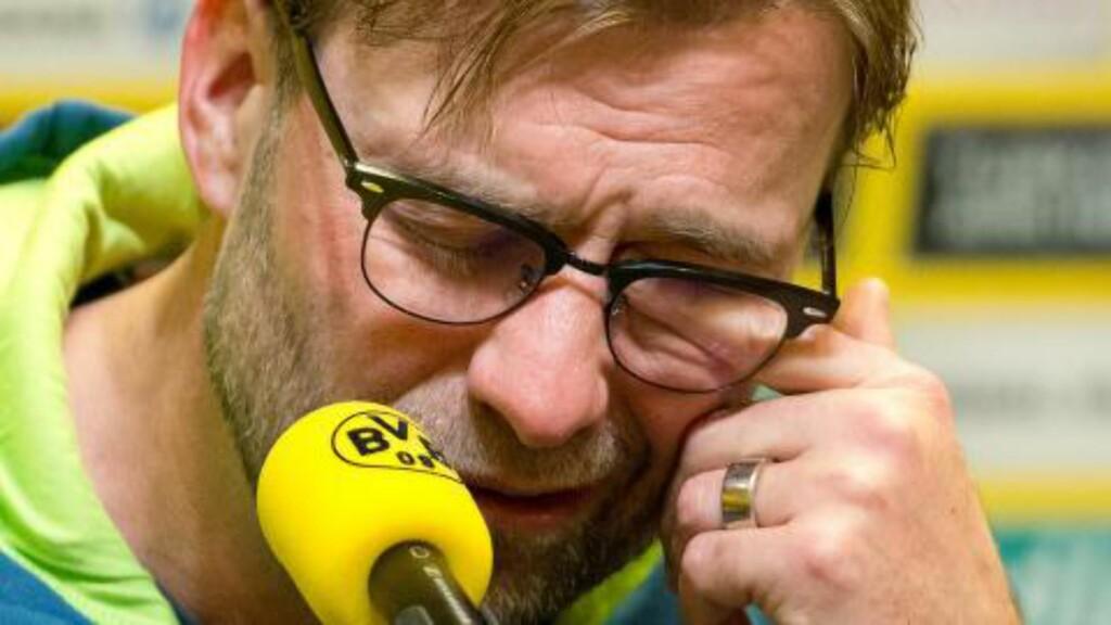 EMOSJONELL: Manageren blir fort veldig glad i spillere og klubb. Foto: AFP PHOTO / DPA / FRISO GENTSCH / NTB Scanpix