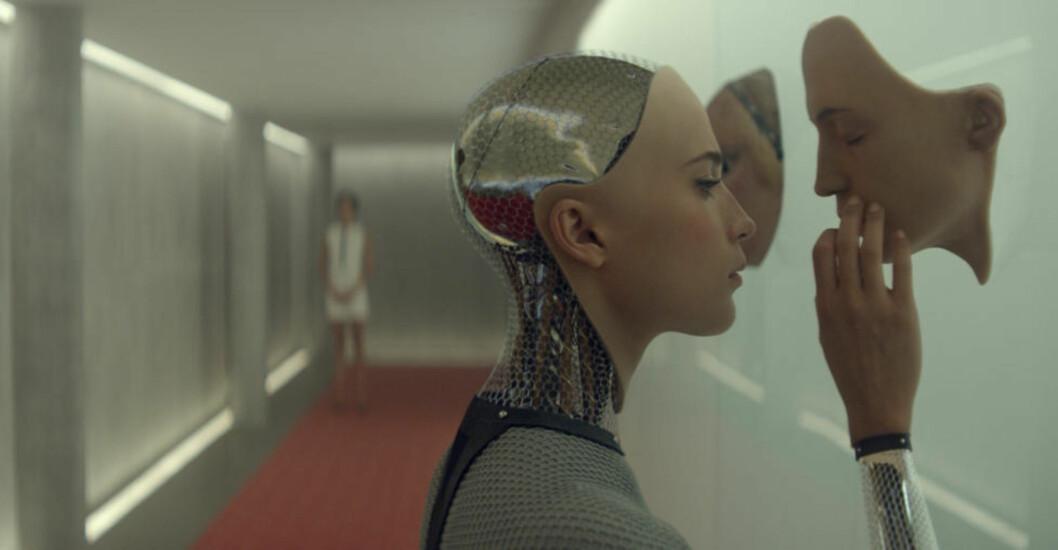 INSENTIV: Store deler av science-fiction-filmen «Ex Machina» ble spilt inn i Norge. Nå oppretter regjeringa en insentivordning for filmproduksjoner. Foto: UIP