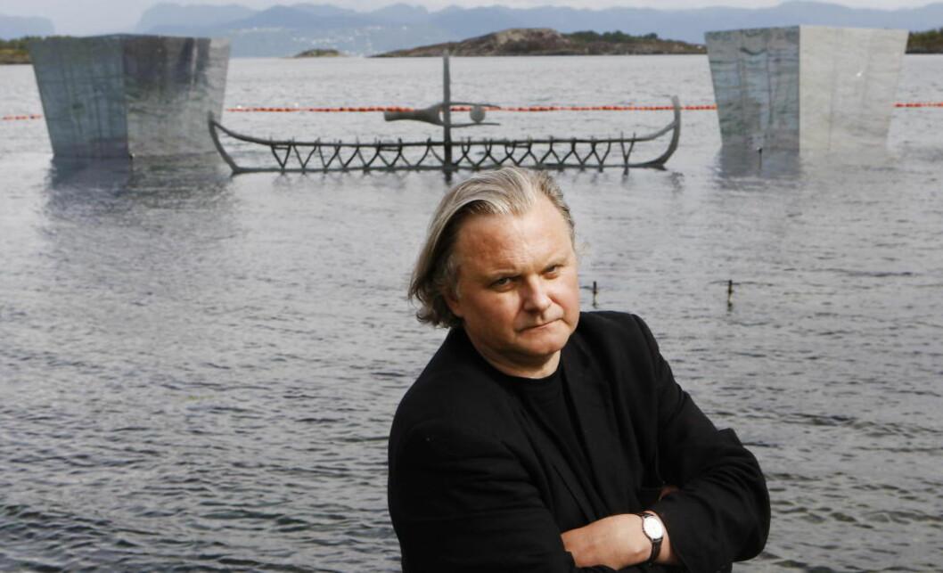 LIGGER GODT AN:  Jon Fosse kan vinne Nobels litteraturpris i morgen, skal vi tro oddsen Foto: ERLING HÆGELAND/DAGBLADET