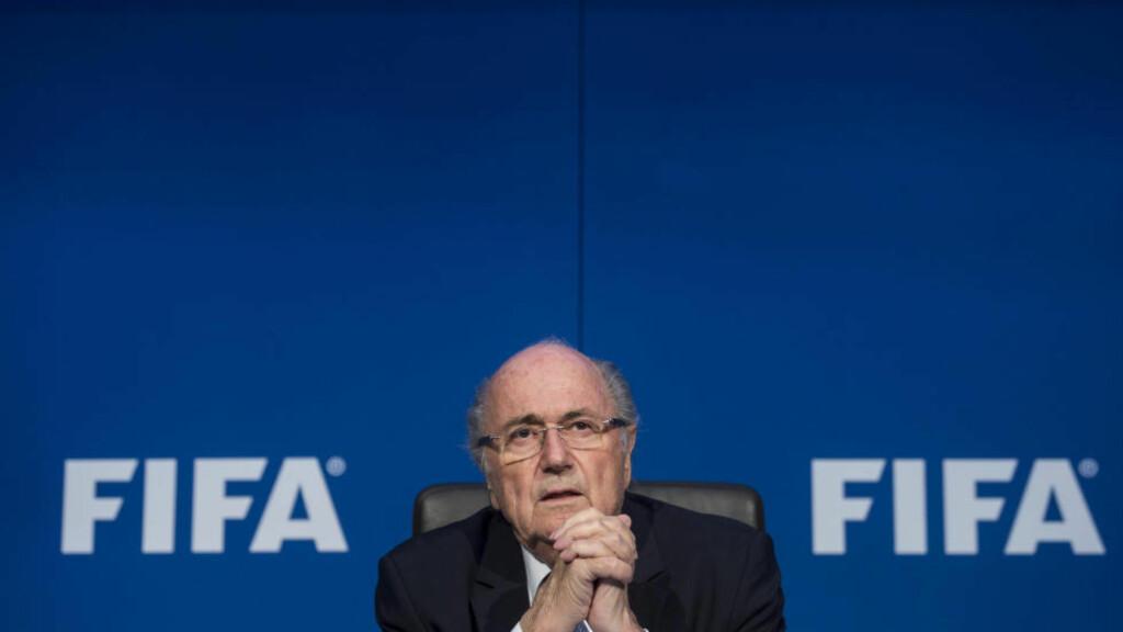 BLIR SUSPENDERT: Sittende FIFA-president, Sepp Blatter, vil bli suspendert fra stillinga. Foto: NTB Scanpix