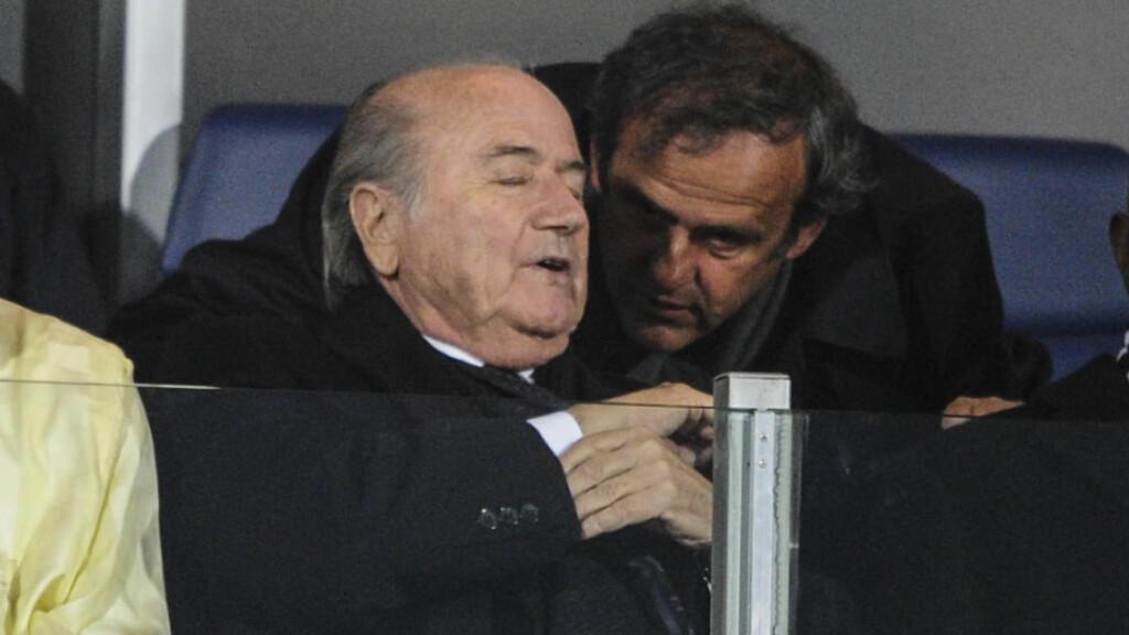 UTESTENGT: Fifas Sepp Blatter og Uefas Michel Platini er utestengt i 90 dager. Foto: Henri Szwarc/ABACAPRESS.COM
