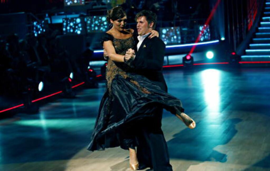 SVINGER SEG: Samuel Massie og dansepartner Marianne Sandaker har svingt seg i alt fra tango til quickstep i løpet av høstens «Skal vi danse». Foto: Jacques Hvistendahl / Dagbladet