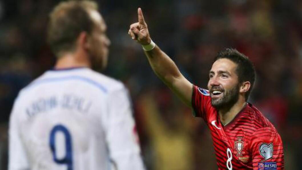 DET HOLDT MED ÉN: Joao Moutinho ble matchvinner mot Danmark i kveld.Foto: EPA/JOSE COELHO/NTB Scanpix