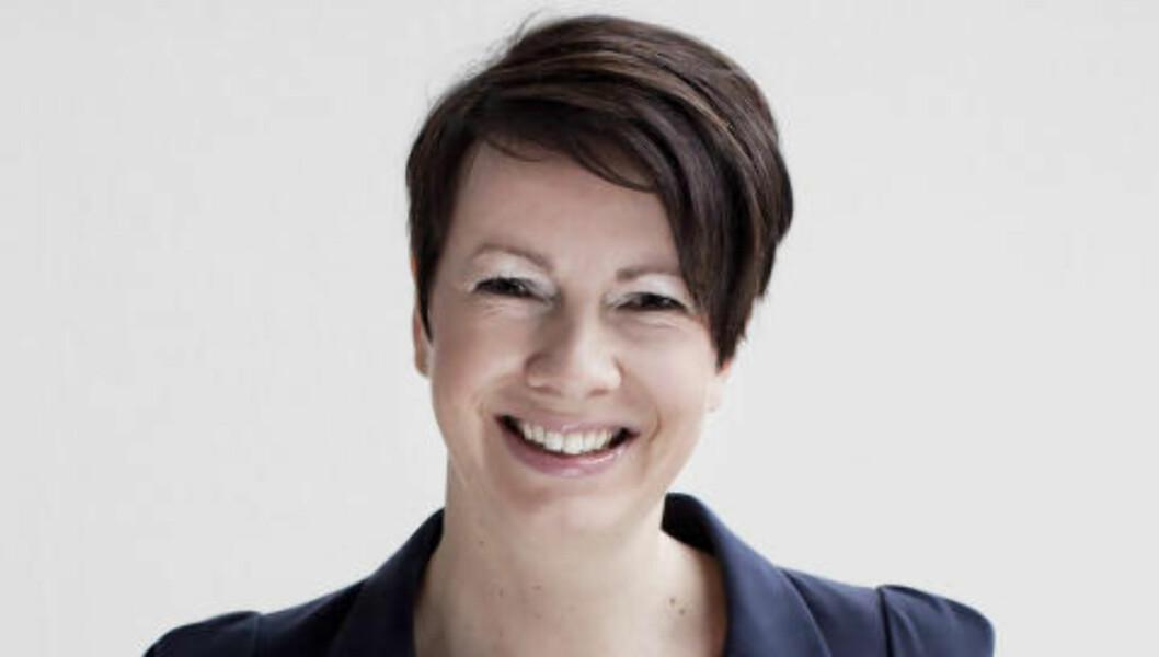 IKKE VÆRT BILLIGERE PÅ 15 ÅR: Stina Johansen, kommunikasjonssjef i Nor Pool Spot, forteller at gjennomsnittsprisen på strøm i september ikke har vært lavere siden 2000. Foto: NORD POOL SPOT