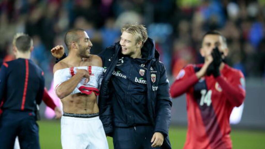 FIN DEBUT: Haitam Aleesami (t.v.), her med Alexander Søderlund, gir seg selv godkjent etter landslagsdebuten. Foto: Bjørn Langsem / Dagbladet