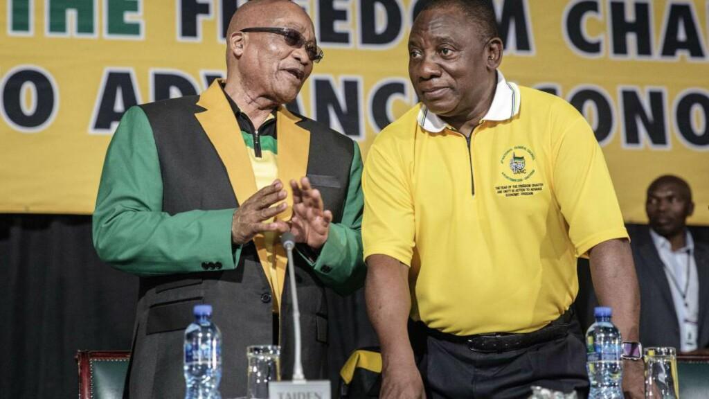 SINTE PÅ ICC:  - ICC har mistet «sin retning» og regjeringspartiet ANC ønsker å trekke Sør-Afrika ut fra den internasjonale domstolen, melder president Jacob Zumas (t.v) kontor. Her sammen med visepresident Cyril Ramaphosa. Foto: AFP PHOTO / GIANLUIGI GUERCIA