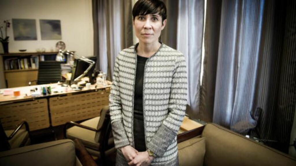 BEKYMRET: Forsvarsminister Ine Eriksen Søreide vil ha Økokrim til å etterforske salget av to F-5 jagerfly. Foto: John T. Pedersen / Dagbladet