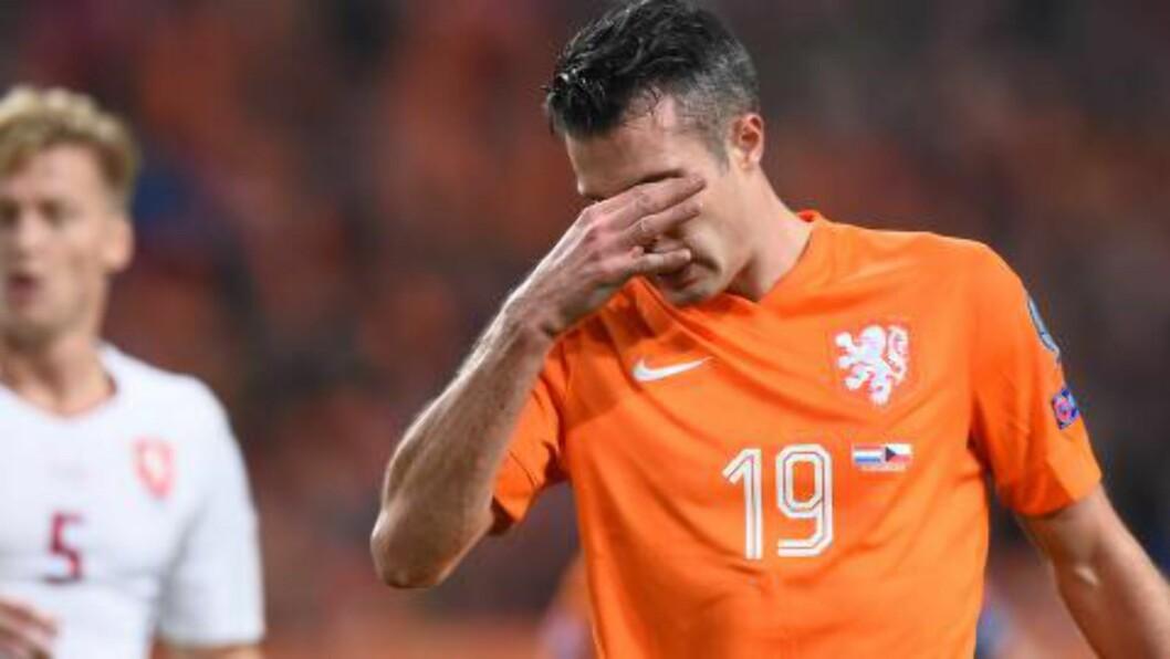 BLYTUNGT: For Robin van Persie og Nederland i EM-kvalifiseringen. Foto: AFP PHOTO/Emmanuel Dunand