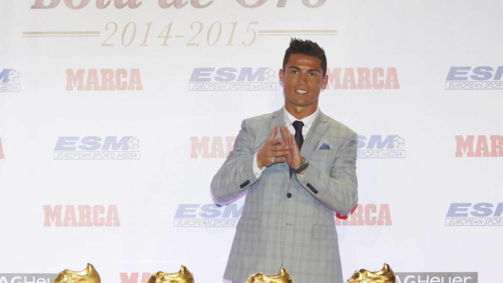 VIL AVSLUTTE I MADRID: Cristiano Ronaldo kobles til både gamleklubben Manchester United og franske Paris Saint-Germain, men superstjernen sier han vil spille for Real Madrid resten av karrieren.