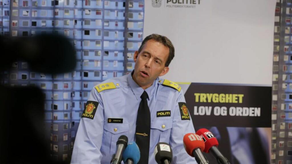 POLITI ANGREPET :  - Bare i september hadde vi fire forsøk på at personer forsøkte å tilrane seg politiets skytevåpen. den nye bevæpningsordningen er kommet til etter en helhetsvurdering, sier direktør Kaare Songstad i POD. Foto: Berit Roald / NTB scanpix