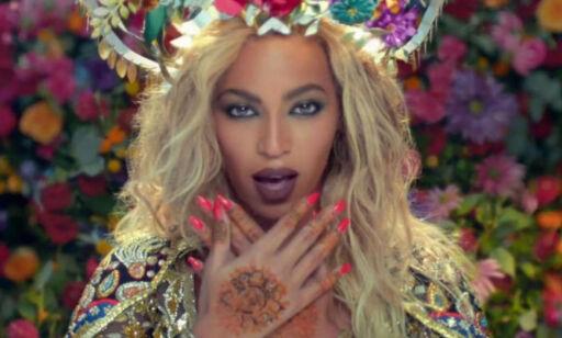 image: Beyoncé får kritikk for rollen i Coldplay-video