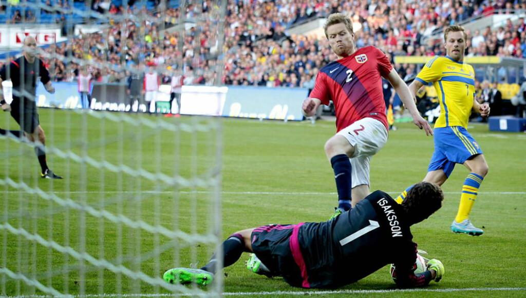 KAN BLI KLAR: Tom Høgli håper å kvitte seg med ryggskaden i løpet av de neste ukene. Foto: Bjørn Langsem / Dagbladet